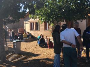 Travail en petits groupes durant les cours d'Alain Findeli pour les étudiants de l'année I, novembre 2015